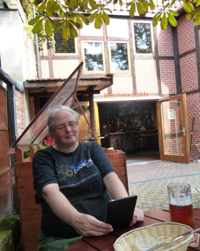 Irina in the garden of the brewery in Quedlinburg