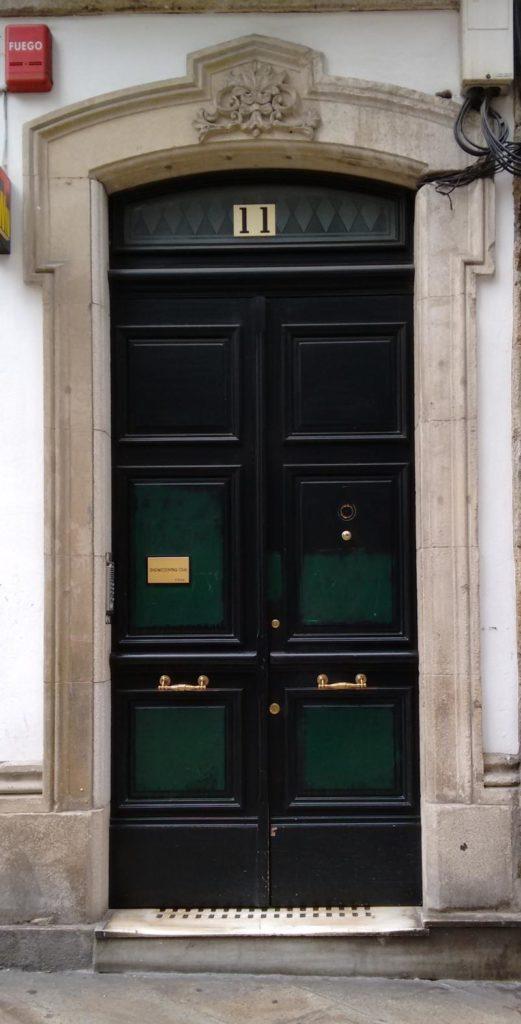 green door with showcooking sign