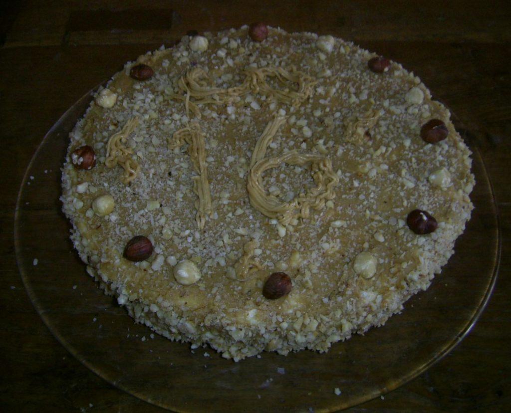 hazelnut mocha meringue birthday cae